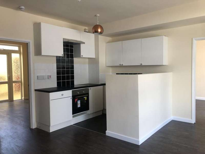2 Bedrooms Flat for rent in ALL BILLS INCLUDED! Norman Road, Paignton TQ3