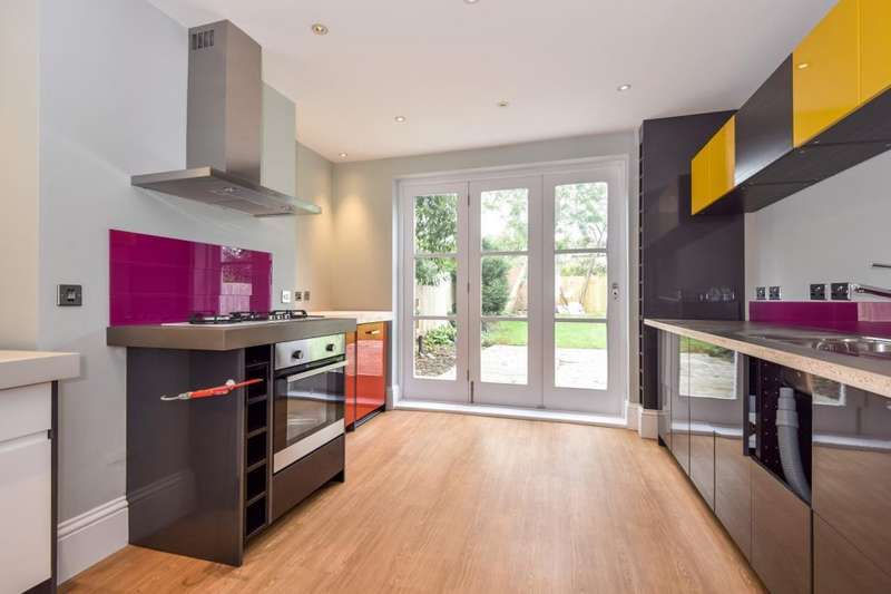 4 Bedrooms Detached House for rent in Marlow Road, Maidenhead, SL6