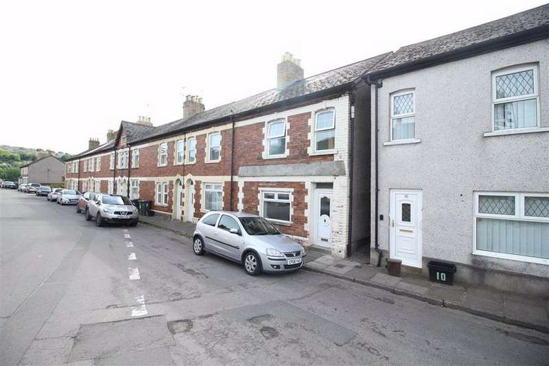 4 Bedrooms Terraced House for sale in Albion Place, Pontypool