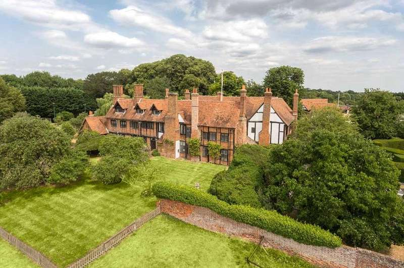 9 Bedrooms Farm House Character Property for sale in Maidenhead, Berkshire, SL6