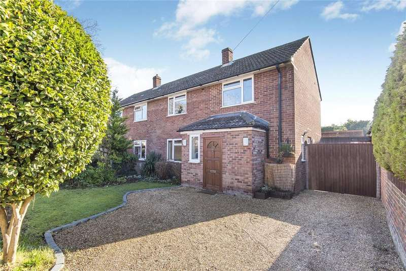 3 Bedrooms House for sale in Three Firs Way, Burghfield Common, Reading, West Berkshire, RG7