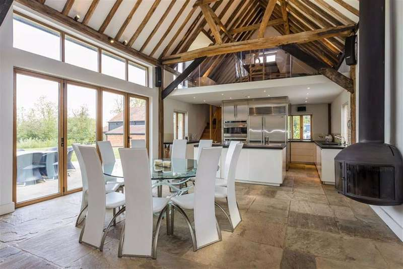 6 Bedrooms Detached House for sale in Brickendon Green, Brickendon, Hertfordshire