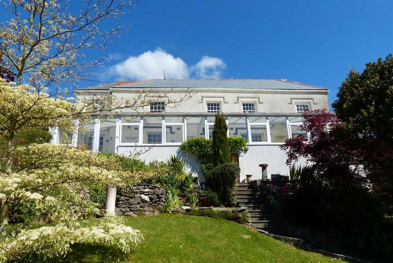 5 Bedrooms Detached House for sale in Trevarth, Mevagissey