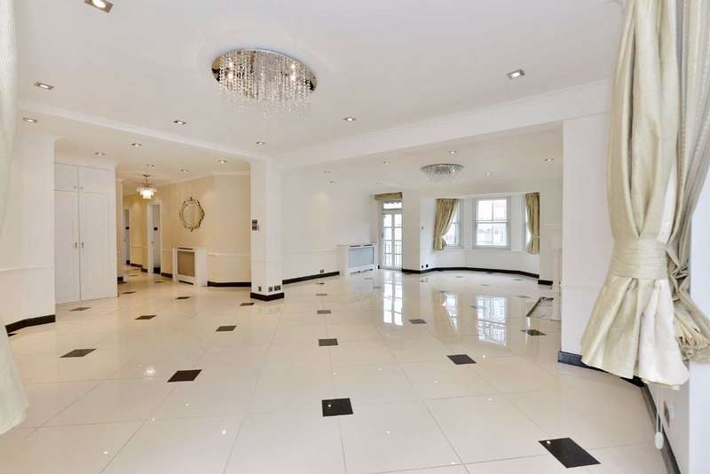 4 Bedrooms Flat for sale in Neville Court, London, NW8