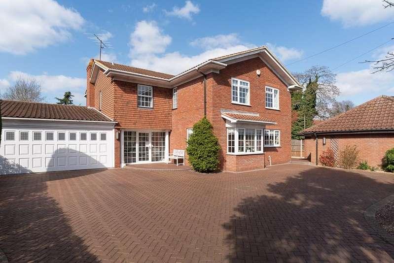 4 Bedrooms Detached House for sale in Putnoe Lane, Bedford, MK41