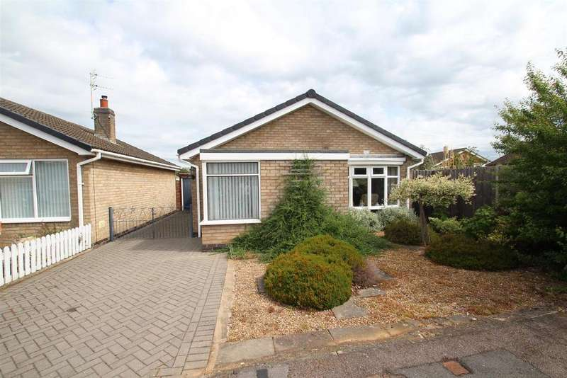 2 Bedrooms Detached Bungalow for sale in Yeomans Dale, East Goscote, Leicester