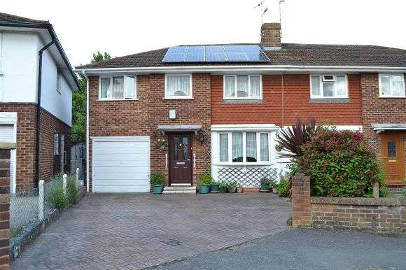 4 Bedrooms Semi Detached House for sale in Ainsdale Crescent, Reading
