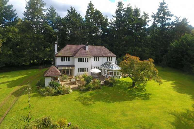 4 Bedrooms Detached House for sale in NEW FOREST