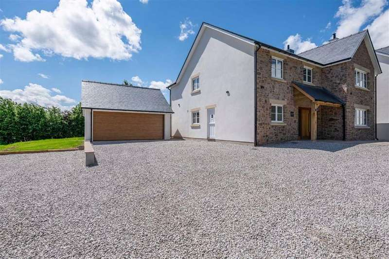 5 Bedrooms Detached House for sale in Penallt