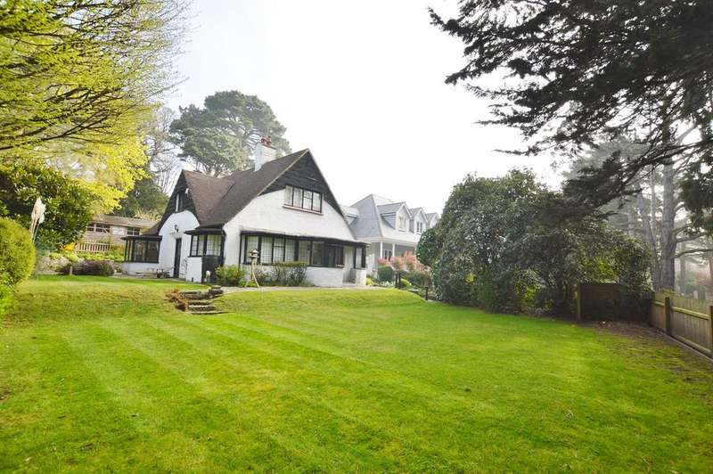 3 Bedrooms Detached House for sale in 81 Queens Park Avenue, Queens Park, Bournemouth BH8