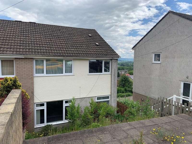 3 Bedrooms Semi Detached House for sale in Bryn Heulog, Griffithstown, Pontypool