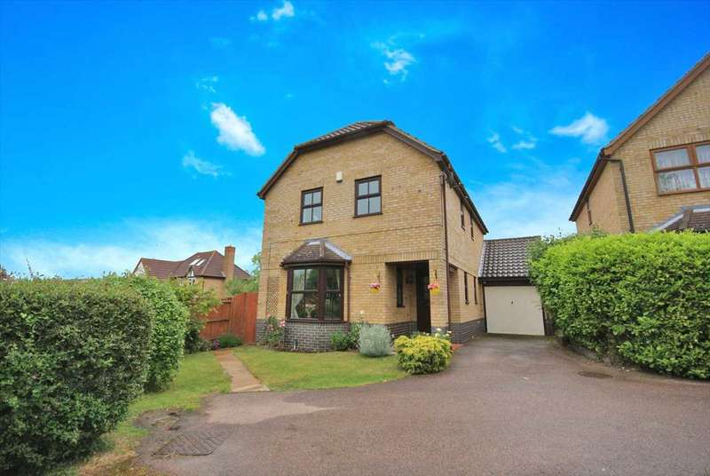 4 Bedrooms Detached House for sale in Pomeroy Grove, Luton