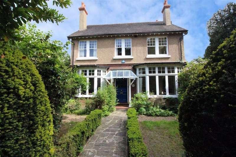 5 Bedrooms Detached House for sale in Shortlands Road, Bromley, BR2