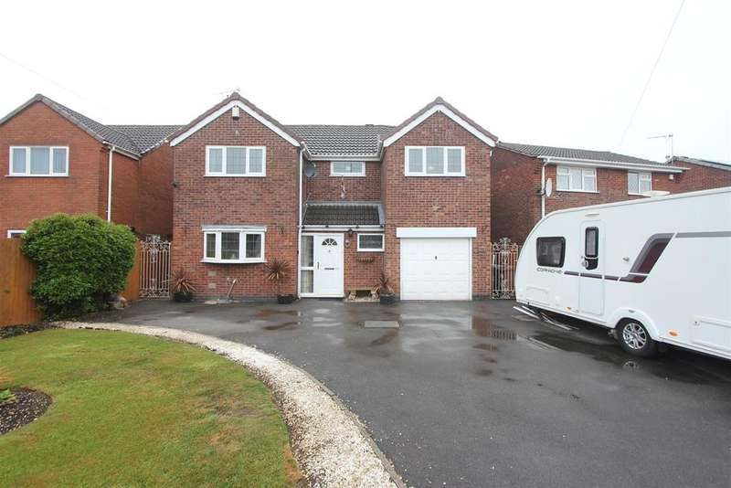 4 Bedrooms Detached House for sale in Roston Drive, Hinckley
