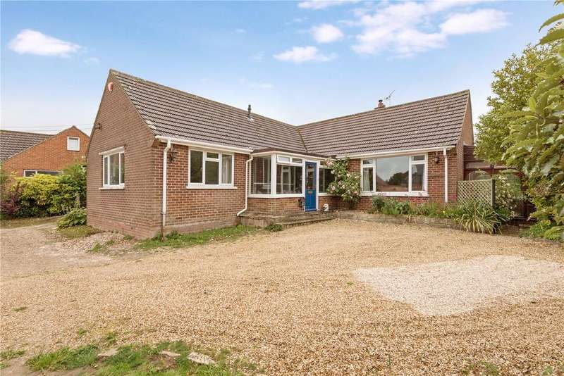 3 Bedrooms Detached Bungalow for sale in Compton Close, Winchester, Hampshire, SO22