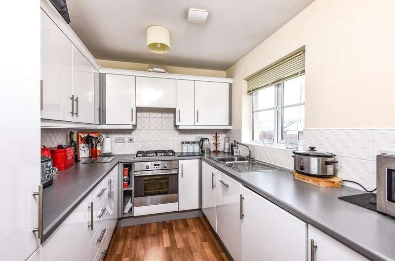 2 Bedrooms Apartment Flat for sale in Redmarley Road, Cheltenham