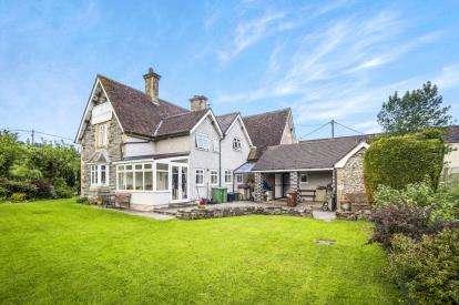3 Bedrooms Detached House for sale in Glanrafon, Corwen, Gwynedd, North Wales, LL21