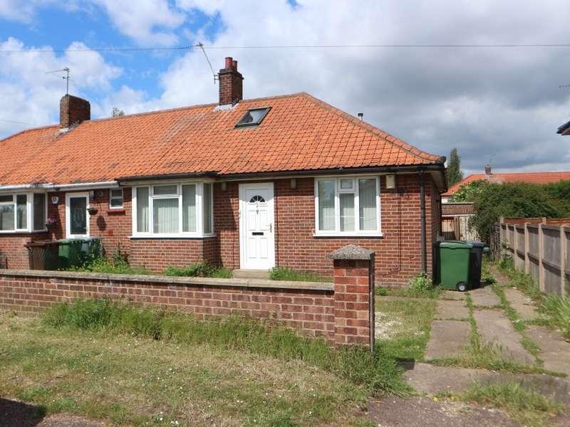 3 Bedrooms Semi Detached Bungalow for sale in 2 Jubilee Road, Sprowston, Norwich, Norfolk