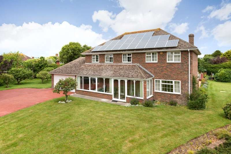5 Bedrooms Detached House for sale in Pelham Gardens, Folkestone, CT20