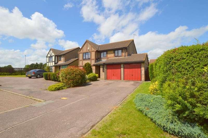 4 Bedrooms Detached House for sale in Dalton Close, Barton Hills, Luton, Bedfordshire, LU3 4HG