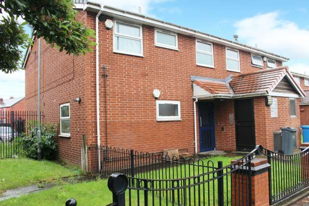 Flat for sale in Upper Lloyd Street, Rusholme, Greater Manchester, M14 4HS