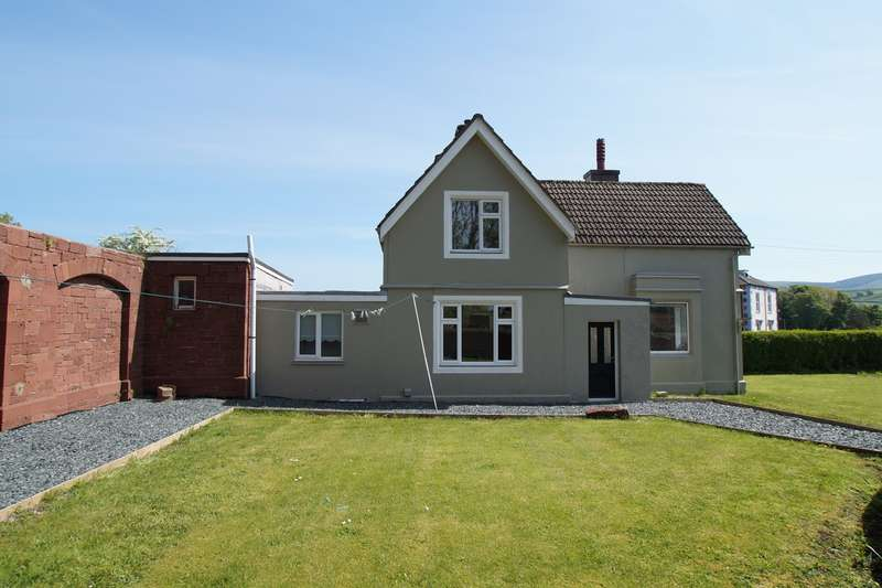 3 Bedrooms Detached House for sale in Parkside, Cleator Moor, CA25