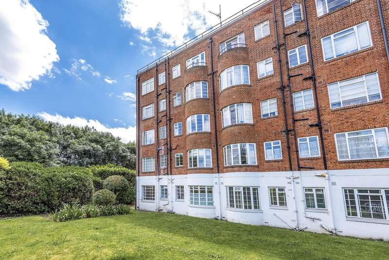 1 Bedroom Ground Flat for sale in Langham Court, Raynes Park, SW20