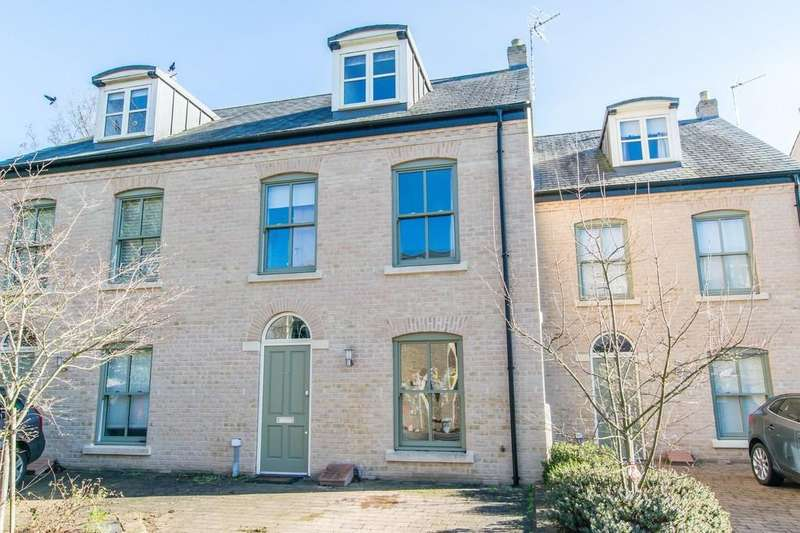 4 Bedrooms Terraced House for sale in Abbey Gardens, Ditton Walk