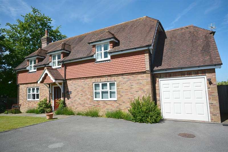 4 Bedrooms Detached House for sale in Netherfield Hill, Battle