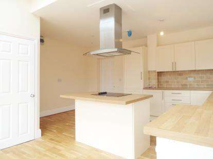 3 Bedrooms Semi Detached House for sale in Henstridge, Templecombe, Somerset