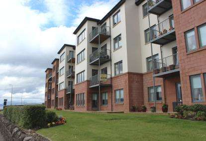 3 Bedrooms Flat for sale in The Shores, Skelmorlie