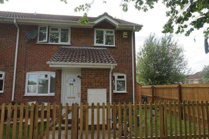 2 Bedrooms Semi Detached House for sale in Beales Farm Road, Lambourn