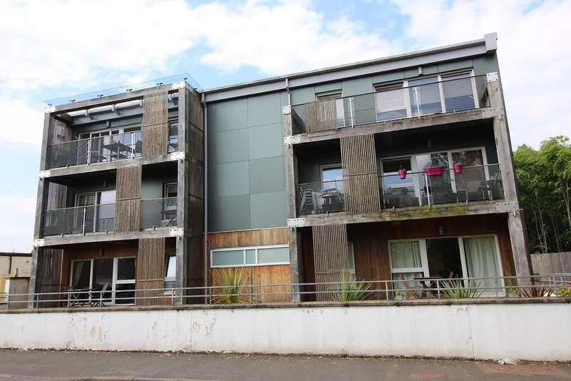 2 Bedrooms Flat for sale in 1 Pier Road, Balloch