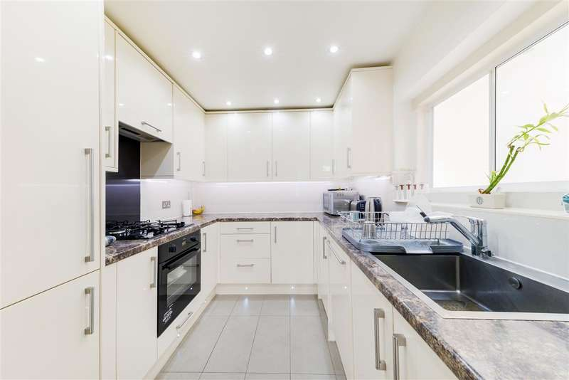 3 Bedrooms Terraced House for sale in Durnsford Road, Wimbledon