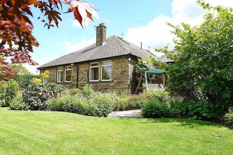 4 Bedrooms Detached Bungalow for sale in Manchester Road, Greenfield, Saddleworth