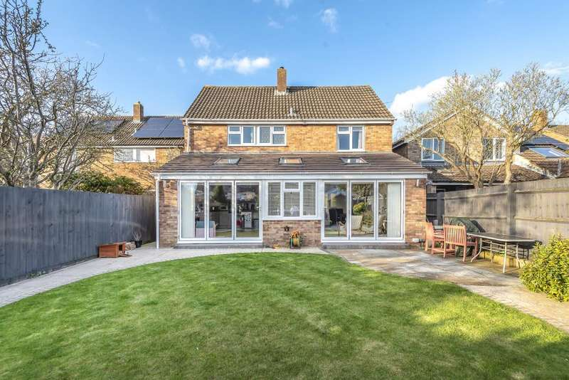 5 Bedrooms Detached House for rent in The Moors, Kidlington, OX5