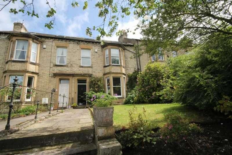 3 Bedrooms Terraced House for sale in Wallace Terrace, Ryton, Tyne & Wear