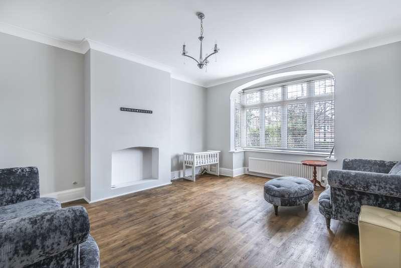 6 Bedrooms House for rent in Friern Barnet Lane London N20