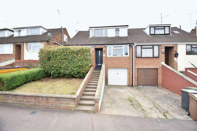 4 Bedrooms Semi Detached House for sale in Saywell Road, Luton