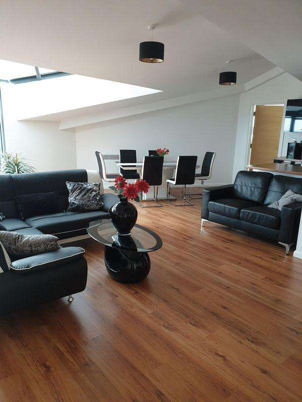 3 Bedrooms Apartment Flat for rent in Mann Island, Liverpool