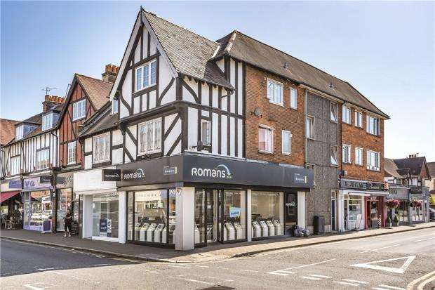 2 Bedrooms Apartment Flat for sale in Littlecroft, 1 Marsham Way, Gerrards Cross