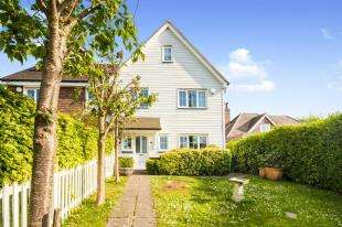 4 Bedrooms Semi Detached House for sale in Berners Court Yard, Berners Hill, Flimwell, Wadhurst