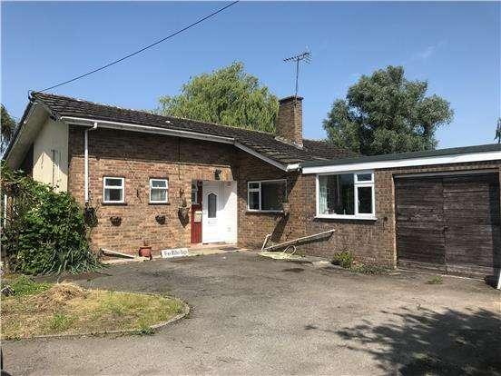 2 Bedrooms Detached Bungalow for sale in Penalta, Northway Lane, Tewkesbury, Gloucester, GL20 8HA