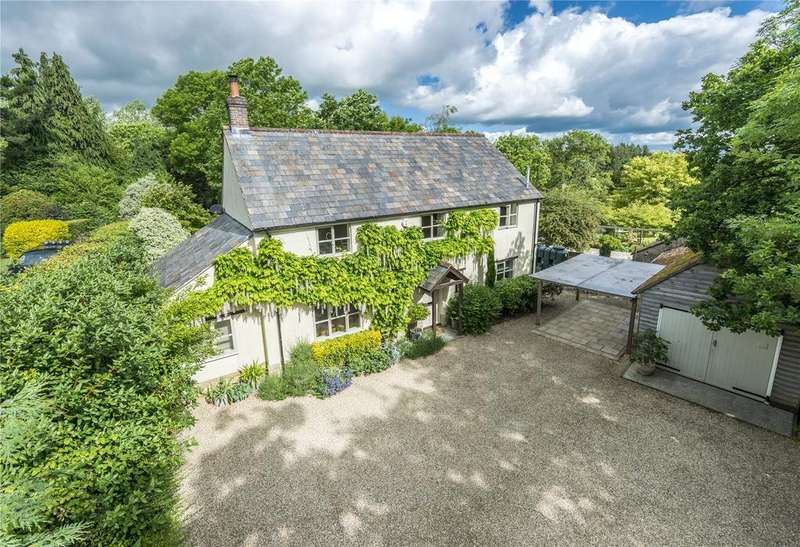 4 Bedrooms Detached House for sale in Lyons Gate, Dorset