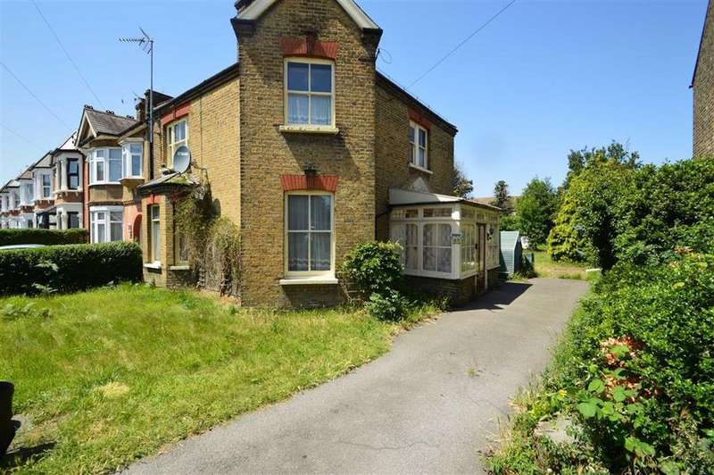 4 Bedrooms Semi Detached House for sale in Coventry Road, Ilford, Essex, IG1