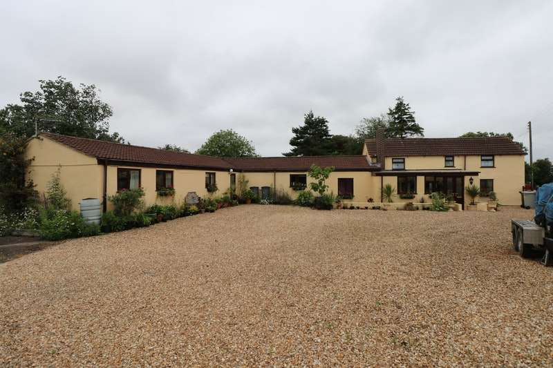 4 Bedrooms Detached House for sale in Main Road, Alford, Lincolnshire, LN13