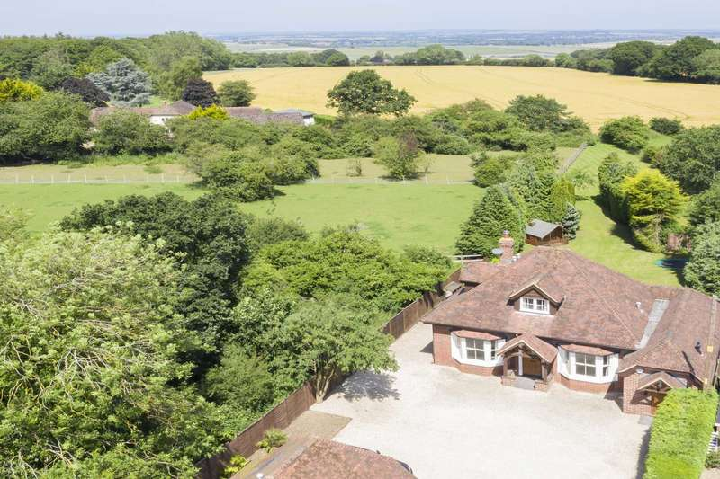 5 Bedrooms Detached House for sale in NO ONWARD CHAIN - Beech Lane, Woodcote, Oxfordshire