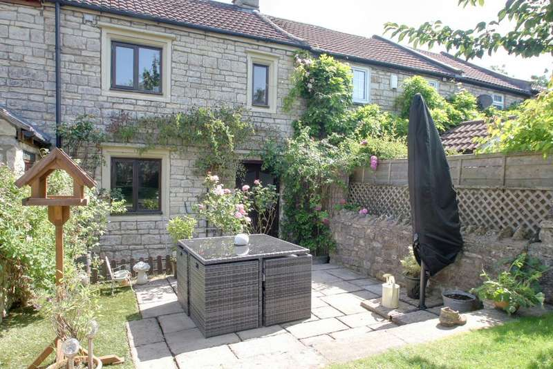 2 Bedrooms Terraced House for sale in HIGH LITTLETON