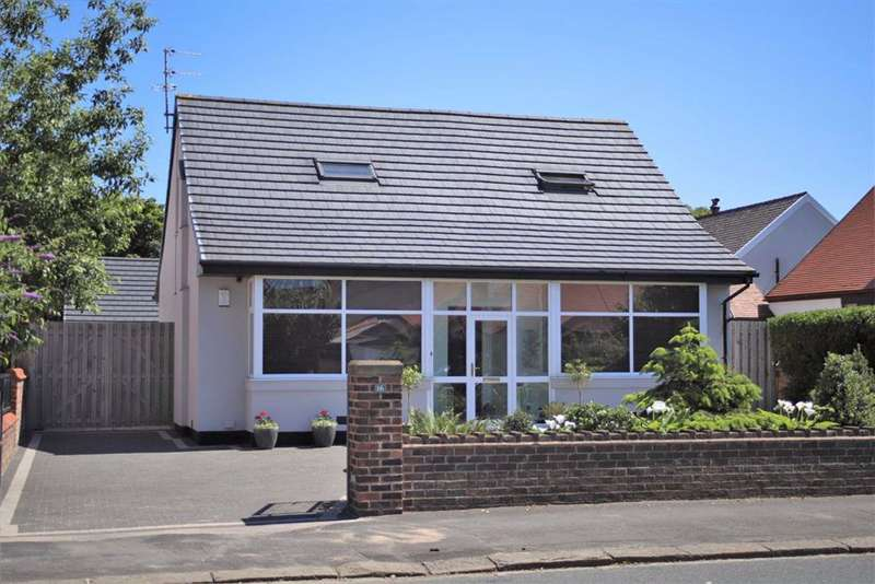 4 Bedrooms Detached Bungalow for sale in St Patrick's Road North, St Annes