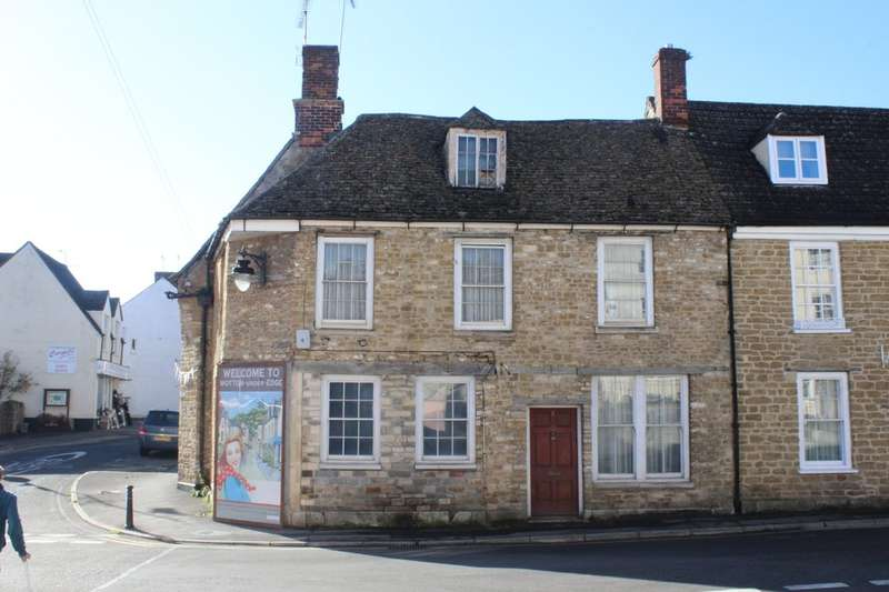 2 Bedrooms Terraced House for sale in Old Town, Wotton-under-Edge